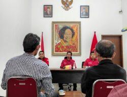 PDIP Surabaya  Dicurhati Komunitas Pekerja Seni, Petani dan Nelayan